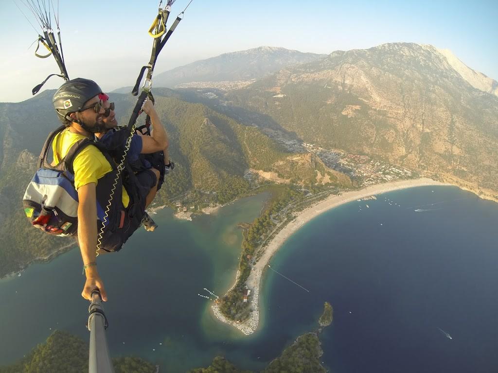 Blue Lagoon. Paragliding