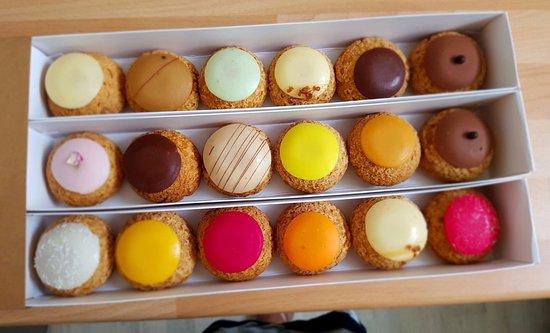 Popelini 'choux' pastries