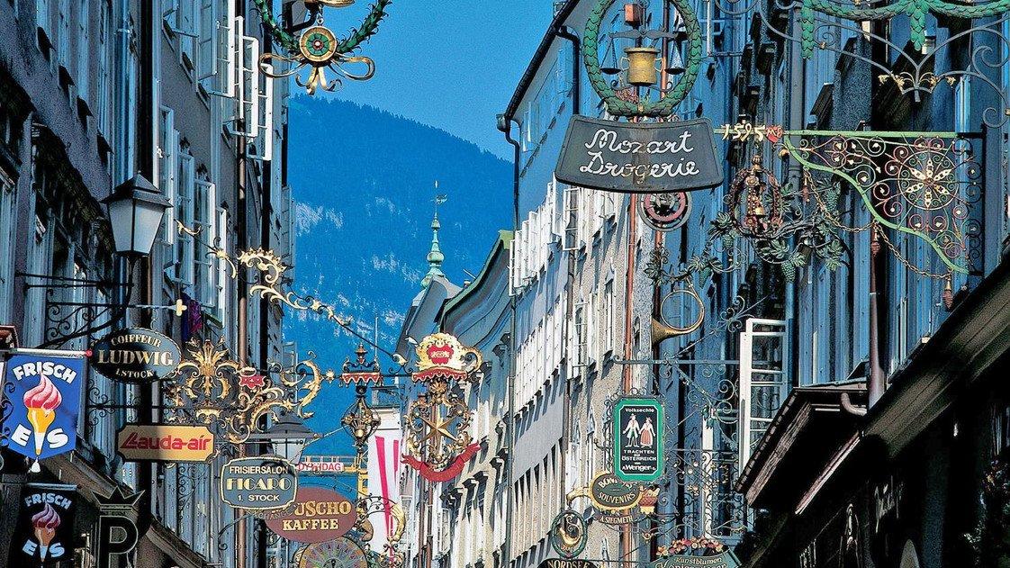 Getreidegasse, Salzburg Old Town