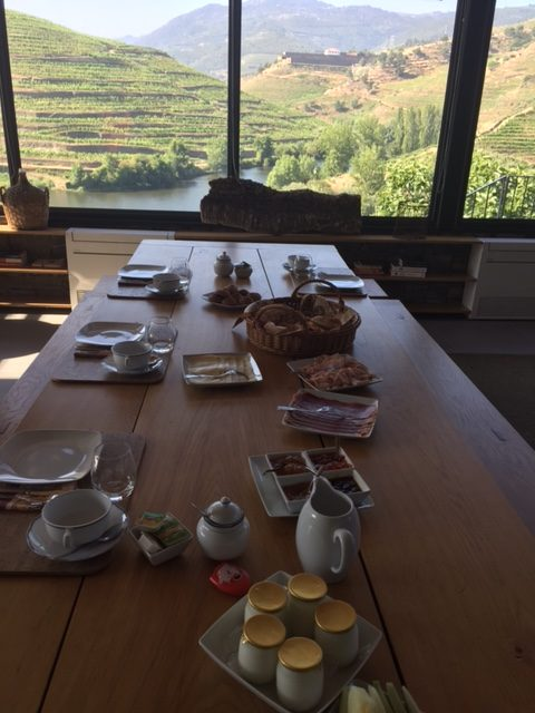 Breakfast with Outstanding View