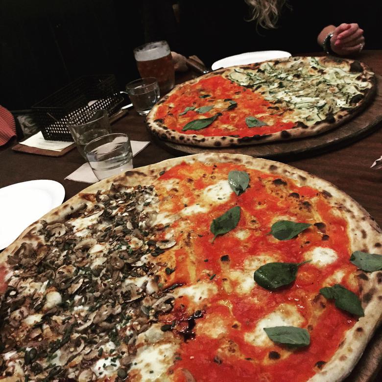 Homeslice XL pizza