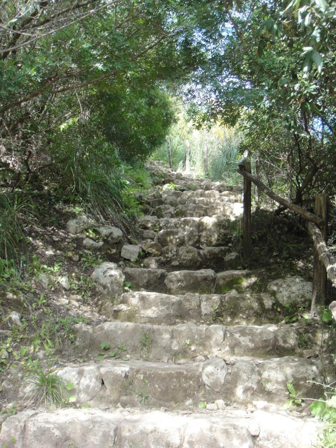 Scala Cruci footpath