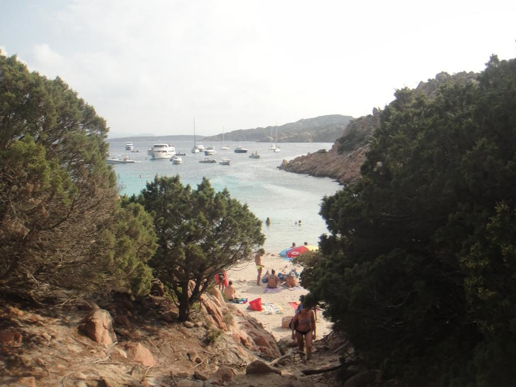 Arriving to Cala Coticcio
